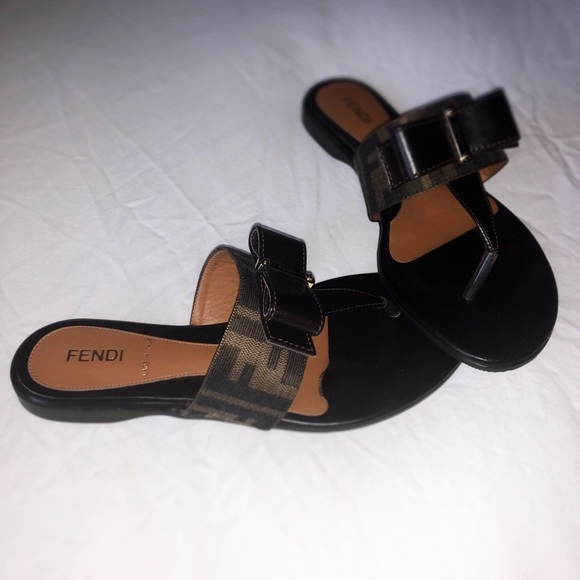 8c34164ecb92 Fendi Shoes - Fendi Zucca Thong Sandals with Bow